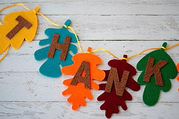 Easy DIY Thanksgiving Banner - Life is a Lullaby