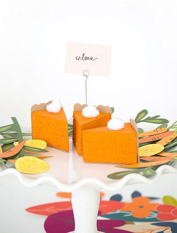 Pumpkin Pie Slices Place Cards - Damask Love
